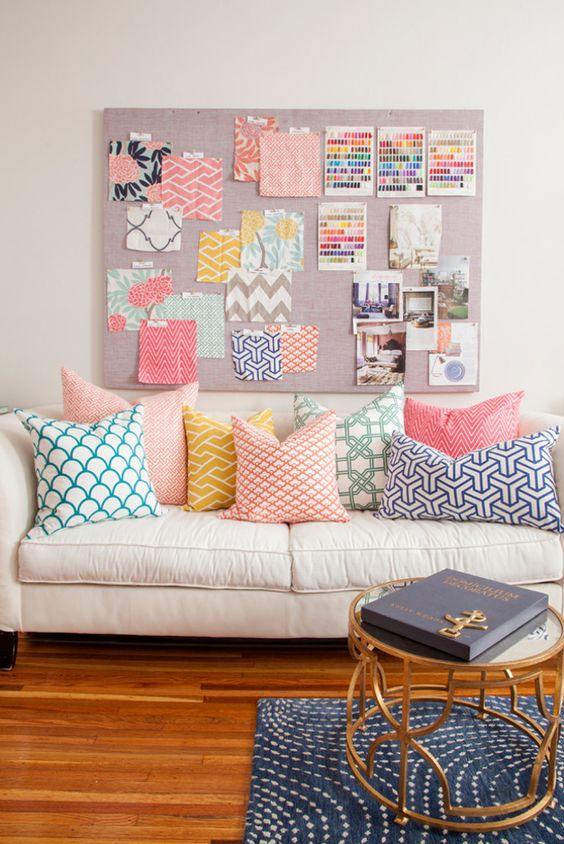 combien de coussins sur un canap coussin sur canap. Black Bedroom Furniture Sets. Home Design Ideas
